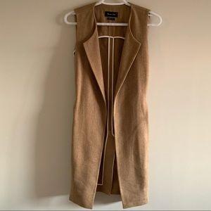 Massimo Dutti Sleeveless Camel blazer/Vest